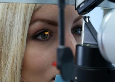 EyeDrBallim-Ophthalmologist-Eye-Specialist-Eye-Surgeon Durban
